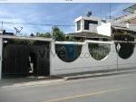 Foto Vendo hermosa casa grande y rentera en ambato
