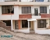 Foto Se vende casa de dos plantas a tres cuadras del...