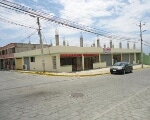 Foto Propiedad con 8 locales comerciales Llano...