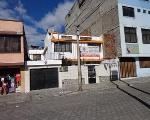 Foto Bonita casa en venta centro sur quito con buena...