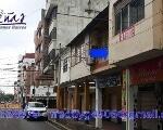 Foto Vendo casa en plena zona comercial en el centro...