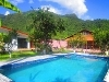 Foto Hermosa Propiedad Con Dos Casas Dentro, Ideal...