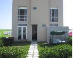 Foto Casas de tres pisos con zona club
