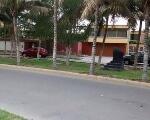 Foto Vendo dos casas como terreno - urb. Club grau...
