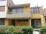 Foto Hermosa Casa En Venta, En Comas, Lima, De 320...