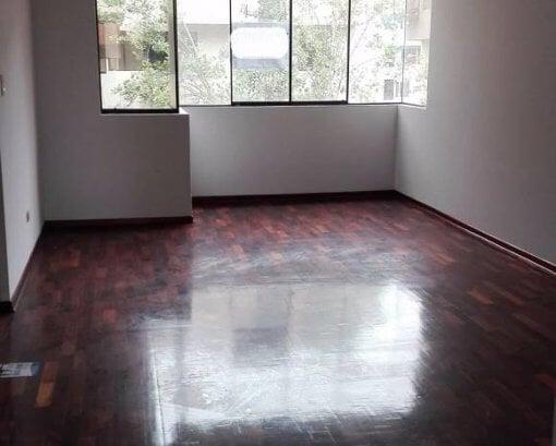 Foto Dpto 4to piso c/cochera cer
