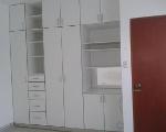 Foto Amplia y moderna habitacion
