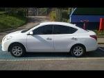 Foto Nissan Versa 1.6 Sl 2014 em Joinville
