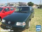 Foto VolksWagen Santana Verde 1998/1999 Gasolina em...