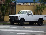 Foto F1000- 4x4 Diesel V8 420 6,9l (F-150)