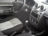 Foto Ford Fiesta 4 portas Hatch completo troco...