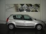 Foto Renault Sandero 1.6 Privilege Prata 2012