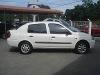 Foto Clio sedan 1.0 8V Branco 2001 Gasolina Blumenau/SC