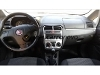 Foto Fiat punto (comfort) 1.4 8V 4P 2010/2011