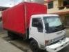 Foto Hermoso camion hino de 5 toneladas listo para...
