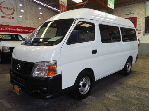 Foto Nissan urvan 2012