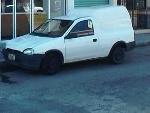 Foto Chevy pick up con camper, blanca buen estado...