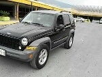 Foto Jeep Liberty Negra2005