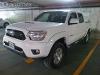 Foto Toyota Tacoma 4x2 Blanca Impecable 2012