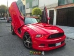 Foto Ford Mustang 2p Coupe Lujo V6