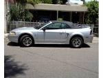Foto Mustang convertible coleccionable 35 aniversario.