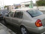 Foto Nissan Platina Otra 2005