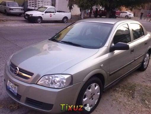 Foto Vendo bonito y practico Chevrolet Astra 2006...
