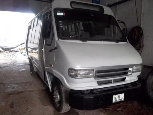Foto Microbus seminuevo en Naucalpan