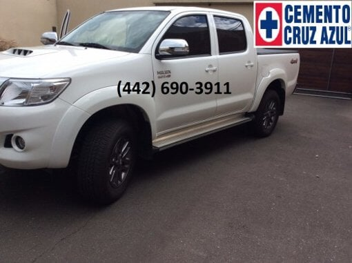 Foto Toyota hilux 4 cilindros ful