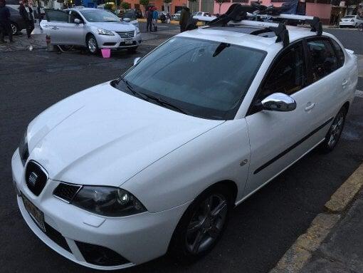 Foto Seat Cordoba 4p Sport A 5vel faros xen