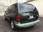 Foto Chrysler Voyager 5p aut SE corta 3.3L
