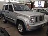 Foto Unilever vende jeep liberty 2014