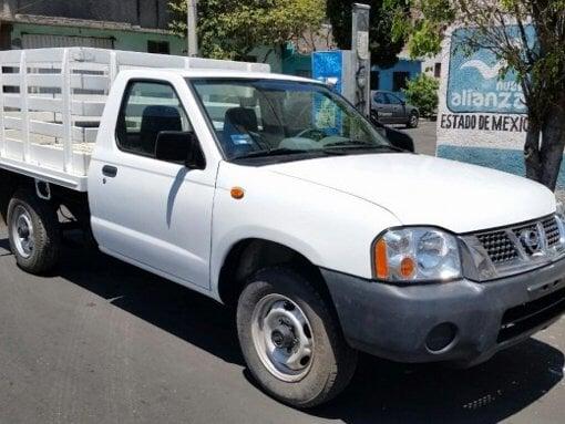 Foto Minera cienega pone en venta 7 Camionetas NP300...