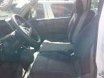 Foto Nissan Minivan urvan 4 puertas modelo 2010.