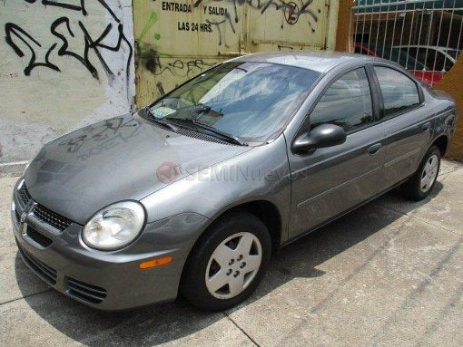 Foto Dodge Neón 2005