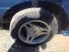 Foto Ford Mustang GT Azul en tela con detalle