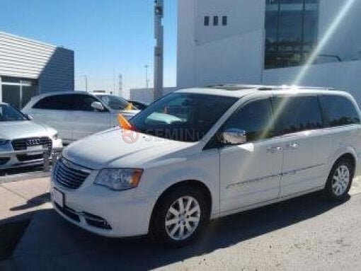 Foto Chrysler Town & Country 2012 103000