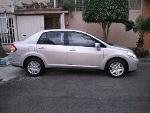 Foto Nissan Tiida 4p Sedan Custom 6vel