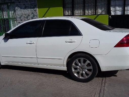 Foto Honda Accord 4p EX sedan V6 piel ABS q/c CD