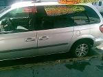 Foto Camioneta caravan 2002