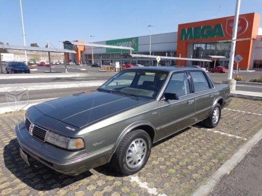 Foto Cutlass oldsmobile impecable original en México