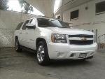 Foto Chevrolet SUBURBAN Paq G Tres Cuartos 4x4