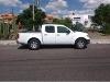 Foto Camioneta Nissan Frontier doble cabina 2010