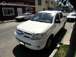 Foto Toyota Hilux Blanca Doble Cabina 4 cilindros...