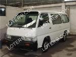 Foto Van/mini van Nissan URVAN 2001