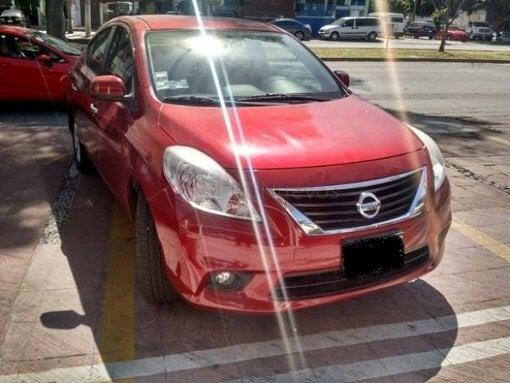 Foto Nissan Versa 2012 38339