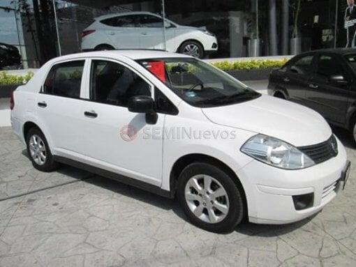 Foto Nissan Tiida 2011 111000