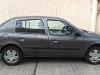 Foto Nissan Platina 2002 200000
