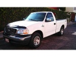 Foto Ford F150 2007 standar 6 cilindros Nacional S