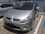 Foto Mitsubishi grandis